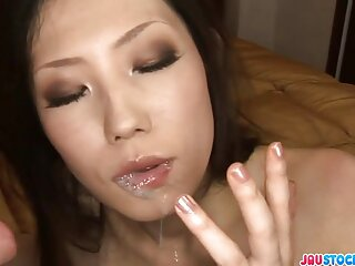 Gay videos xxx amateur marrón polla golpe puño antes de chorro