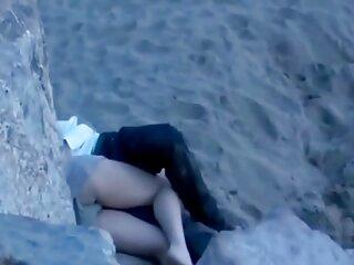 Señora sexo anal videos caseros India haciendo mamada.