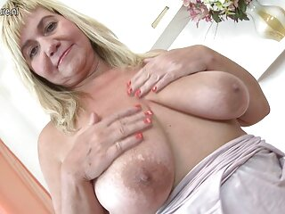 Mamá sacude porno orgias casero