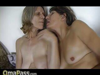 Chicas coqueteando delante de la cámara con un ver sexo casero chico